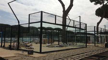 Preparazione e installazione dei campi da padel per la tappa del WPT 2016 di Roma per Officine del Padel.